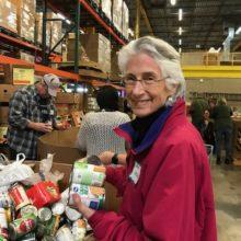Rabbi Helen at the Food Bank